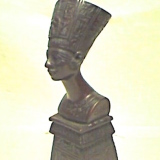 Nefertiti – sm. in Dark Brown